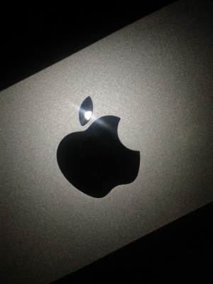Patent Fight Between Apple & Samsung Could Push The Technology Industry Into Danger Zone