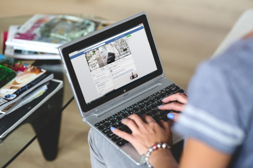Facebook to compete with LinkedIn