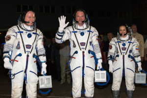 Three Cosmonauts from ISS Returned to Earth