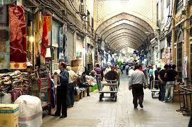 Iran Economy Slows Down as Consumers Wait for Foreign Brands to Arrive