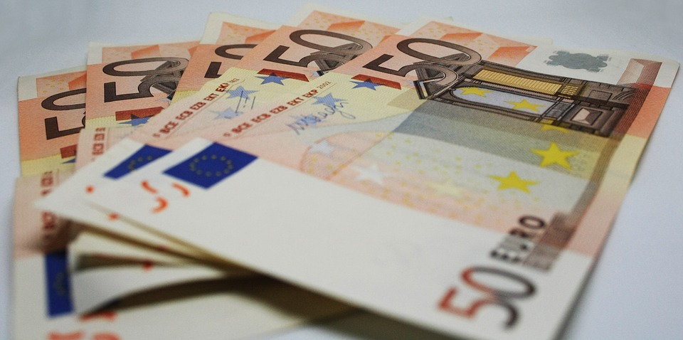 Italians are losing faith in the euro