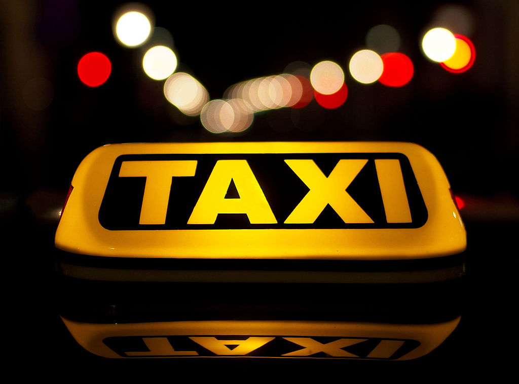 UBS: Unmanned taxis will make a competition to public transport