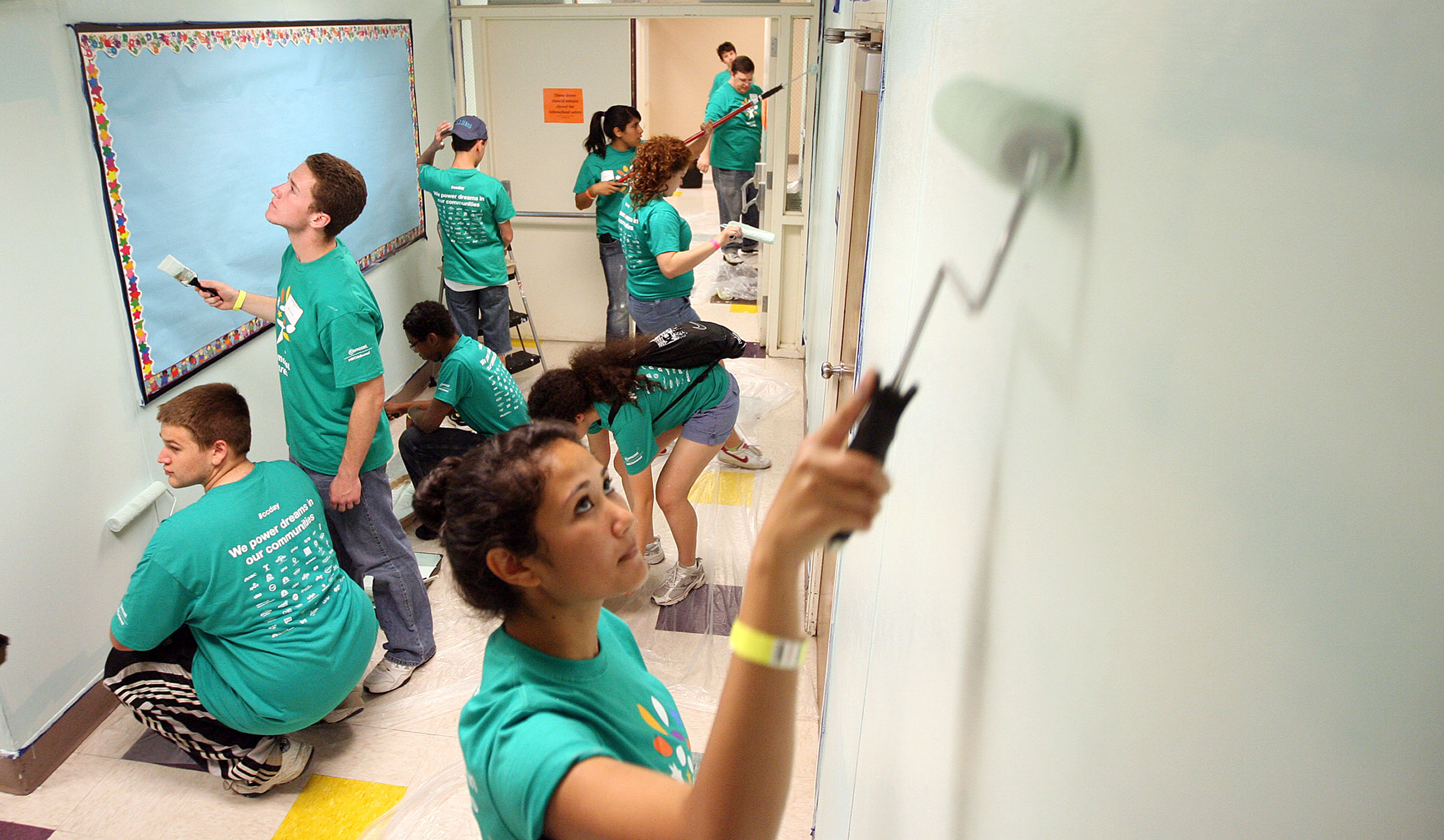 Comcast NBC Universal is making change happen through its Comcast Cares Day