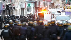 Pre Dawn Police Raid Targeting Suspected Paris Attack Mastermind Thwarts Possible Terrorist Plot, 2 Dead