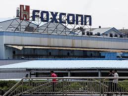 Crucial Meeting Between Sharp, Foxconn Chiefs After Deal was Halted: Reuters