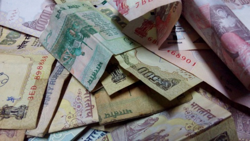 Currency reform in India leads to poverty