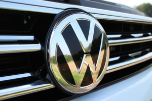 EU's antirtrust regulators raid offices of VW & Daimler