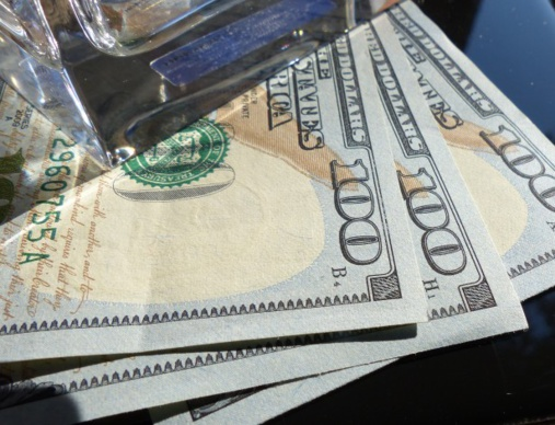 US Dollar collapses along with indices and bonds yield