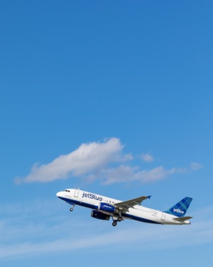 JetBlue Airways' Aims To Achieve Carbon Neutrality In 2020