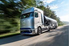 Transition To 'Green' Trucks Will Result In Engine Job Losses, Predicts Daimler Truck