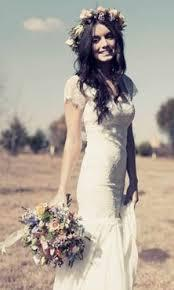 How amazing would it be to be able to grow your own wedding dress!!!