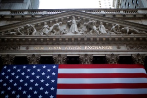 Gap in salaries of top managers and employees of Wall Street significantly reduced