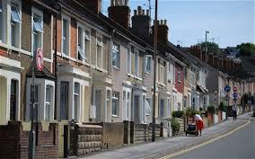 Low Supply, Growing Demand and High Mortgage Rates Push Up House Rates in  UK