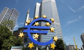 Amid Heightened Italy Risk, ECB Poised to Extend its Bond-Buying Program