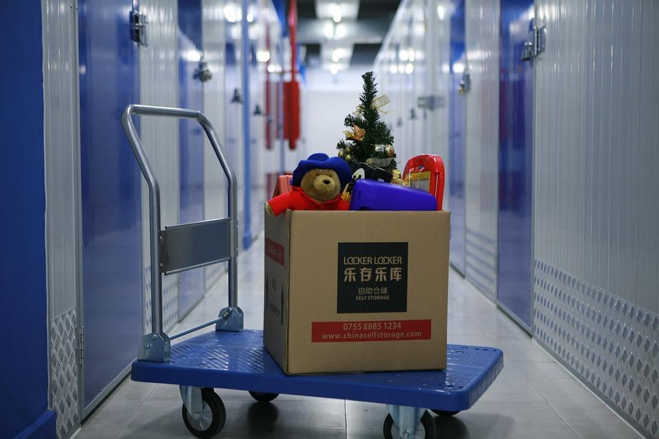 Credit Suisse Bets Its Hope On Christmas Sale & Slashes Dixons Carphone Estimates