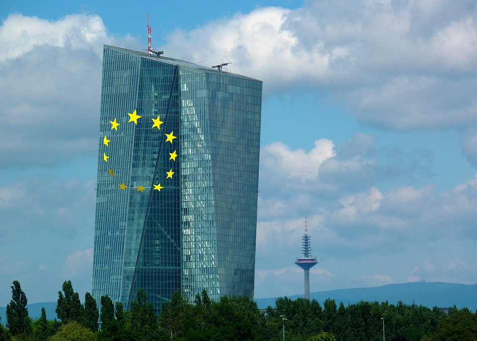 Europe becomes the world leader in banking regulation
