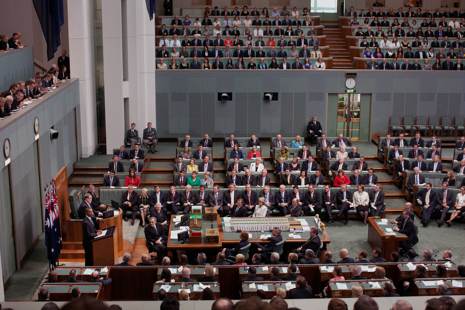 Australian MPs denounce excesses of the cashless welfare cards, authorities turn a deaf ear