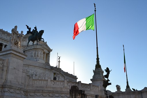 Italy's Future In Euro-Zone Does Not Concern the EU Commissioner