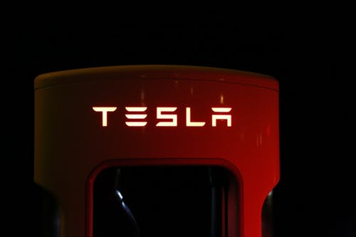 Tesla In Advance Talks With CATL For Using Lithium Batteries