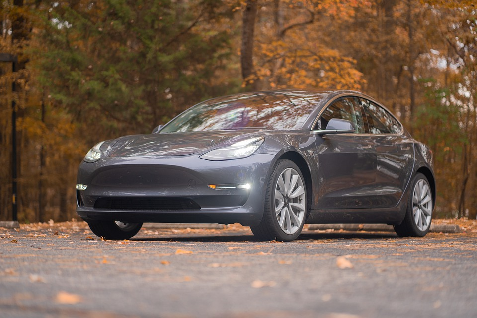 Tesla Begins Shanghai-Made Model 3 Variants Sale In China