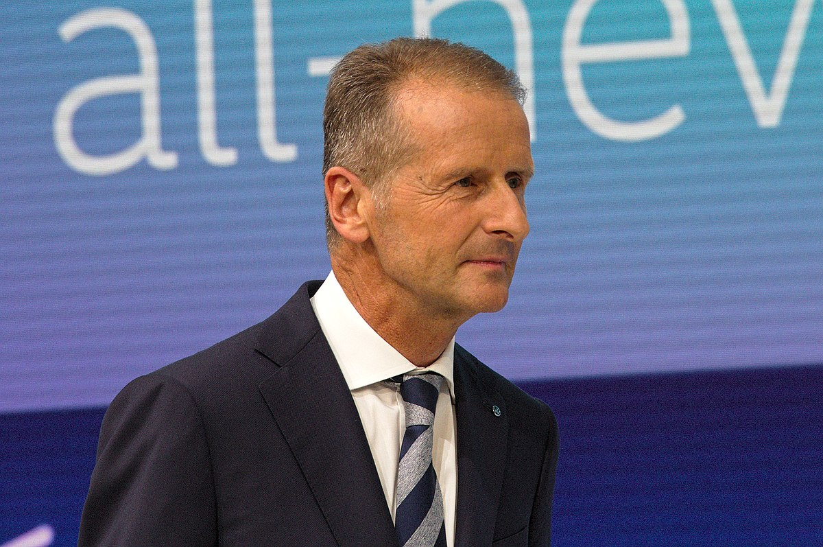 Volkswagen to pay €9M to dismiss case against two top managers