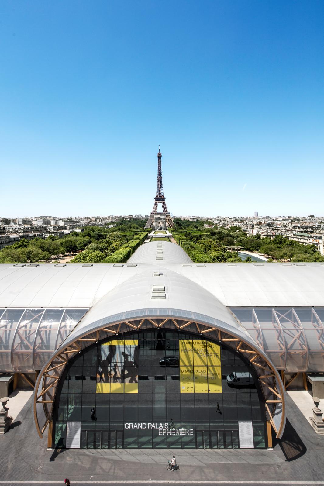 Art Paris Is First In Line