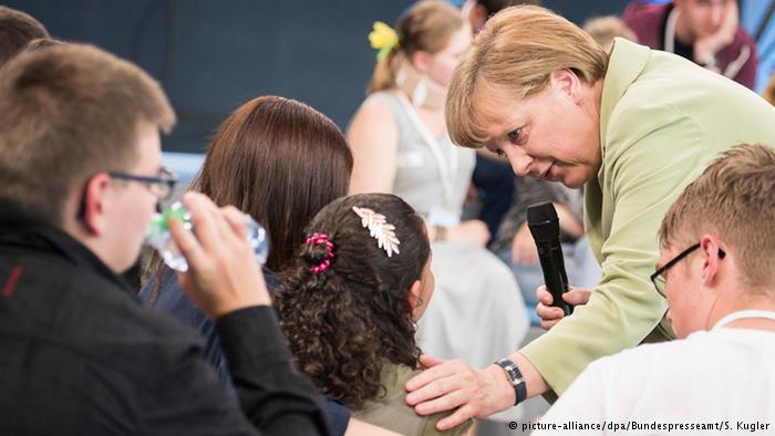 """The Residence Permit: Syrians Praise """"Compassionate Mother Merkel"""""""