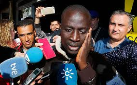 €400,000 Won by Rescued Senegalese Migrant in Spain's Christmas Lottery