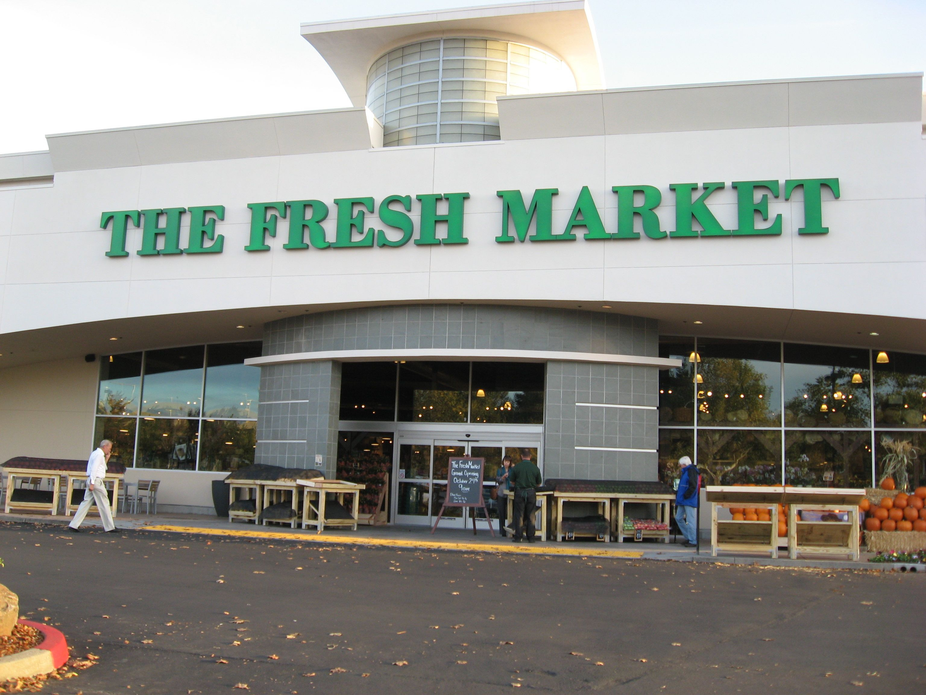 Fresh Market to be Bought by Apollo Global for $1.4 Billion