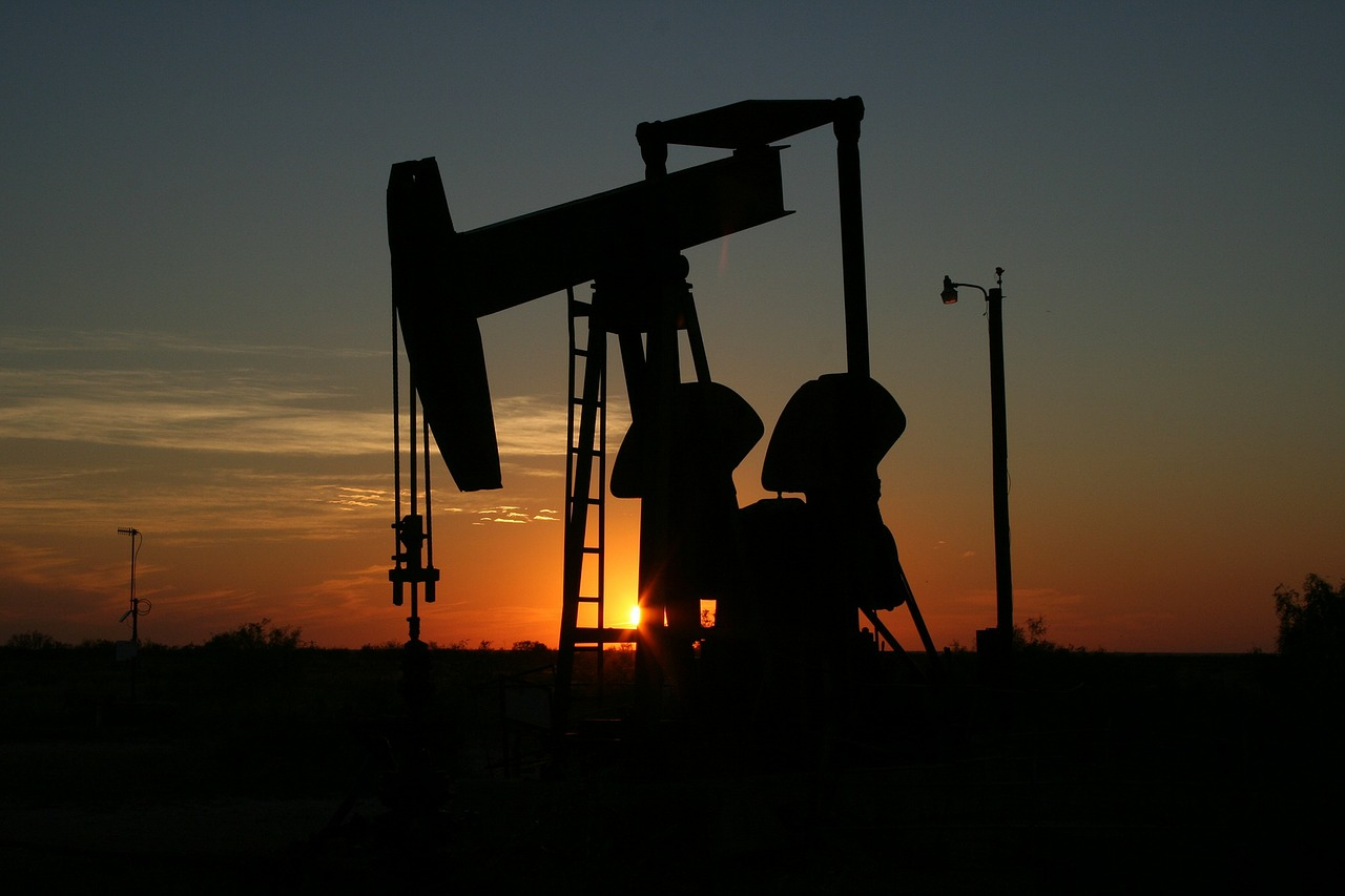 Oil Prices Go Through An Unstable Week