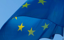European Commissioner Gentiloni does not expect euro zone to exit the crisis soon